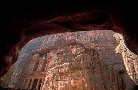 Treasury (Al-Khazneh) Petra pictures, Travel pictures ...