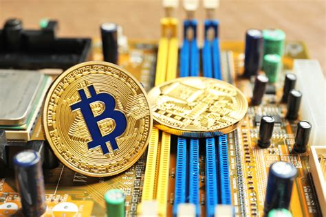 You can use bitcoin miner on windows 10 and windows 8.1. Best Bitcoin Mining Software - Wikibusiness