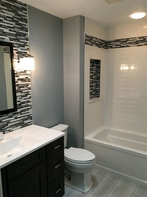 Bathroom Walls Ideas by Best 25 Shower Wall Panels Ideas On Shower