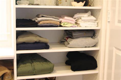 10 Clothes Storage Ideas When You Have No Closet