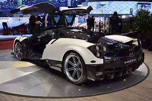 Pagani Huayra Bc : pagani huayra bc looks even better in the flesh carscoops ~ Maxctalentgroup.com Avis de Voitures