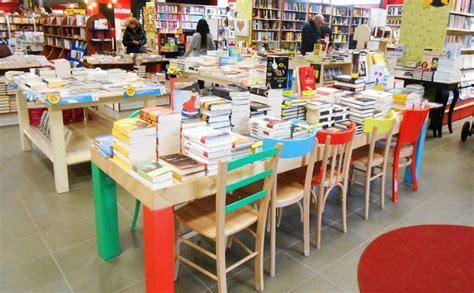 Librerie Perugia by Alle Porte Di Perugia C 232 Una Libreria Grande