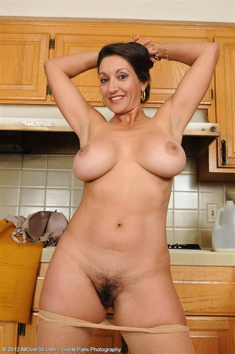 Persia Monir Big Boobed Housewife Flashes Her Hairy Hole