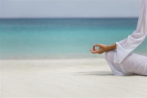 beach classes  natures harvest tamara yoga