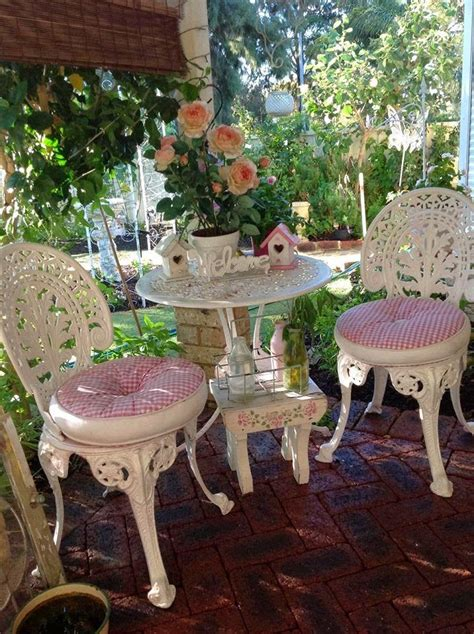 home decor shabby chic best 25 shabby chic porch ideas on