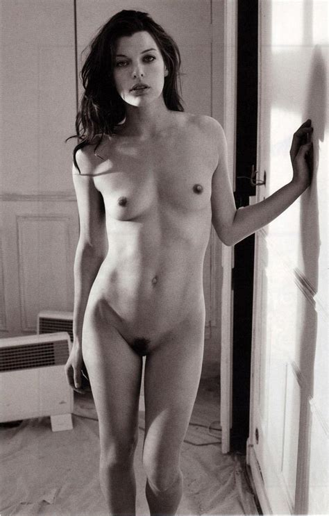 Milla Jovovich Nude Hairy Pussy Photo Shooting Scandal