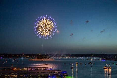 austin   july holiday fireworks  edition