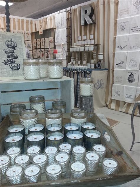 rendezvous soy candle booth  dallas market center jan