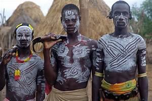 Warrior Tribe. The Karo have Muldas- kind of gate having ...