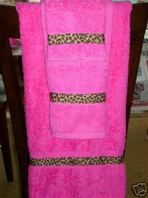 hot pink leopard bath towel set