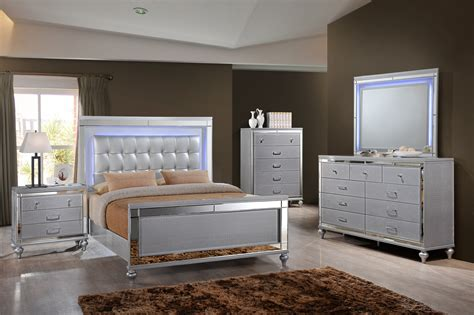 New Bedroom Sets by Bedroom Furniture Sims Furniture Company