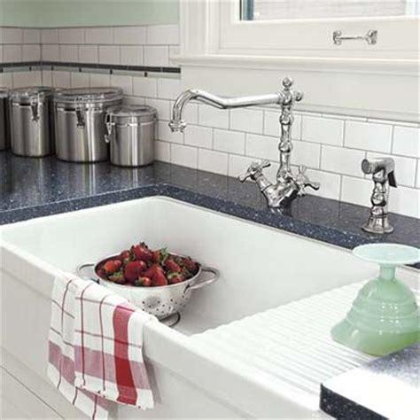 whitehaus farmhouse sink with drainboard 1000 ideas about vintage farmhouse sink on