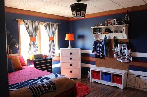 Best 25+ Hockey Theme Bedrooms Ideas On Pinterest