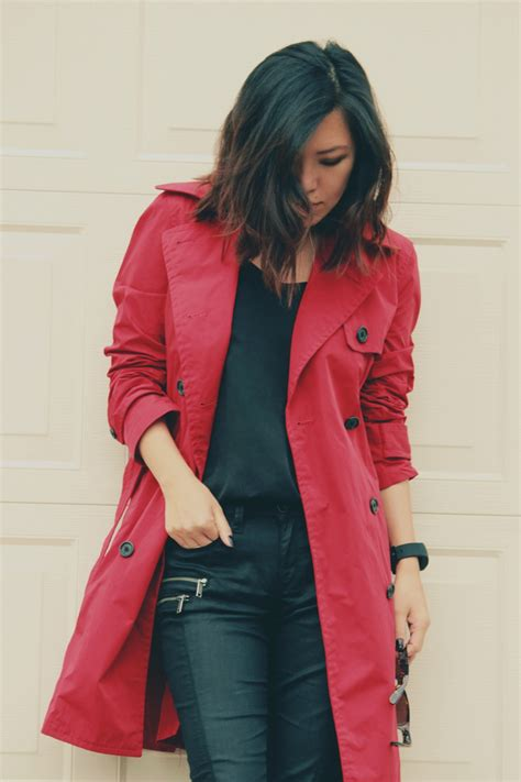 Stylish Rainy Day Casual Work Outfit | WorkChic