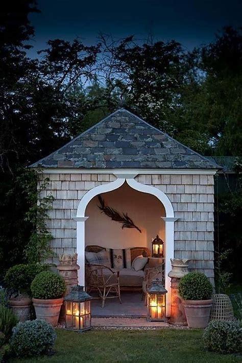 cozy outdoor nooks inspiring   bookworm