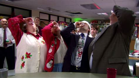 the office holiday episodes season 4 tbt revisiting the office secret santa episode ft the ipod fan for fans by fans