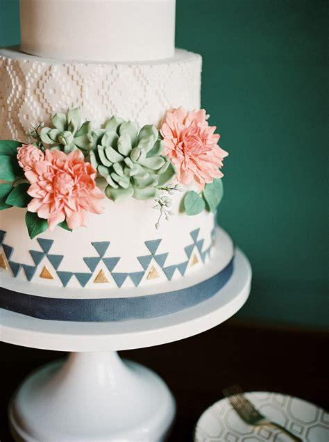 austin wedding cake trends