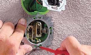 Elektrik Selbst Verlegen : steckdose einbauen elektroinstallation ~ Orissabook.com Haus und Dekorationen