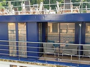 wahrer luxus auf dem fluss amaprima With französischer balkon mit markt sonnenschirm 4x4m