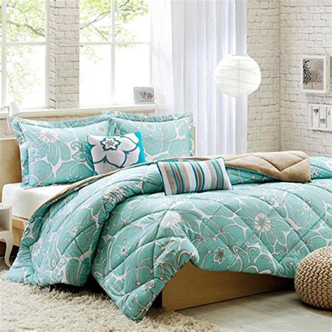 Light Blue Comforter Set by Light Blue And White Comforters And Bedding Sets