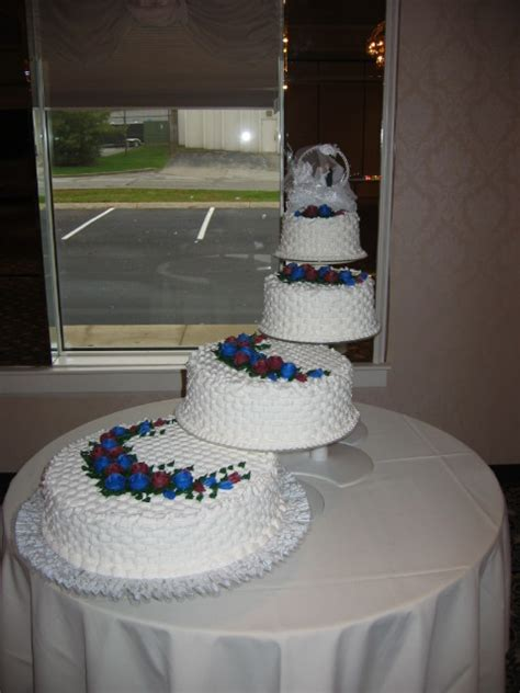 spiral wedding cakes taylors bakery