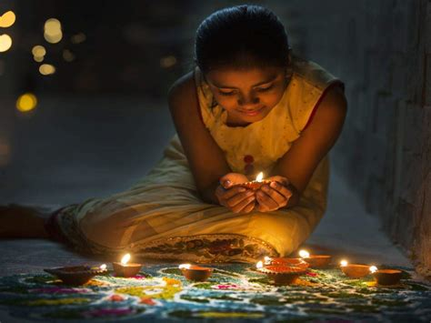 Give The Traditional Diyas And Lights A Twist This