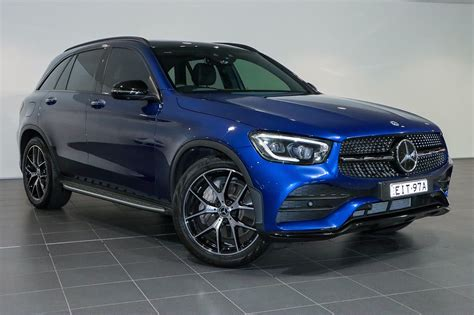For 2021, mercedes gifts the glc lineup with more standard features and more standalone options. Porsche Centre Sydney South - Vehicle Details - 2019 ...