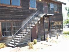 Outdoor Metal Handrails For Stairs by Outdoor Stair Rails With Nice Do It Yourself Outdoor Stair Railing For Barn H