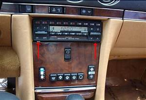 My 560sl Radio 1989 Still Does Not Come On After Changing