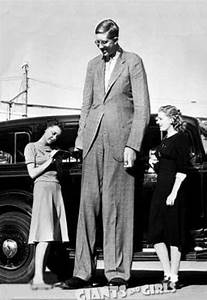 Tallest Man in History - Robert Wadlow 8ft11""
