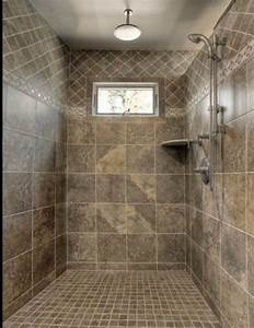 30 shower tile ideas on a budget for Pictures of tiled showers