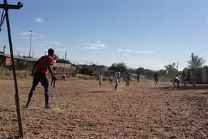 Haus Kaufen Namibia : mit collin benjamin in namibia unterwegs hamburger sv hsv ~ Markanthonyermac.com Haus und Dekorationen
