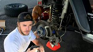 Changing Jeep Jk Wrangler Front Brake Pads