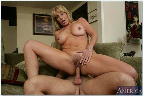 Bride Seduced And Plowed By Lover Massive