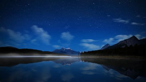 Night Mountain Wallpaper Hd