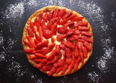 tarte feuillet 233 e aux fraises