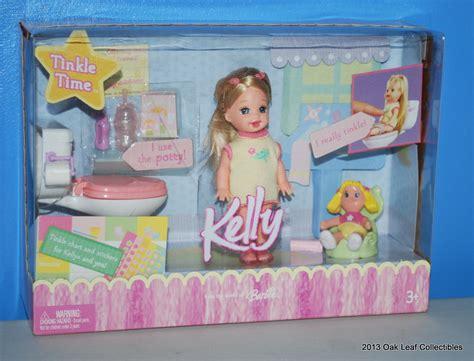 Sister Of Barbie Kelly Tinkle Time Bathroom Set Doll