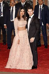Priyanka Chopra & Nick Jonas: Pics Of The New Couple ...