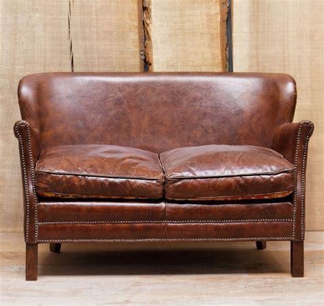 peinture pour tissus canapé chehoma fauteuil en cuir canap turner en cuir