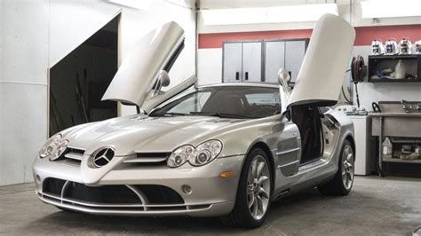 The performance hybrid will produce over 1,000 horsepower at a maximum speed of over 350 km/h. Mercedes-Benz SLR McLaren Supercar for the Track