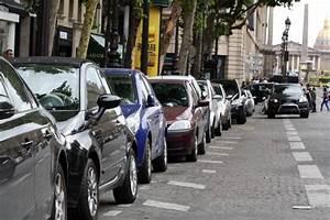 Application Parking Paris : on street parking information l 39 application de bmw pour trouver une place libre de stationnement ~ Medecine-chirurgie-esthetiques.com Avis de Voitures