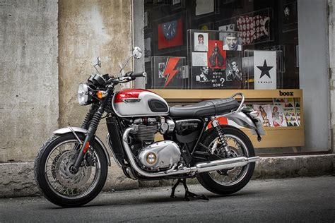 triumph bonneville t120 triumph bonneville t120 2016 on motorcycle review mcn