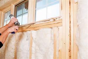 Fenster Kompriband Oder Schaum : mit bauschaum ein fenster abdichten das ist zu beachten ~ Lizthompson.info Haus und Dekorationen