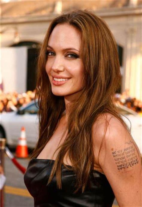 angelina jolie le secret de son dernier tatouage