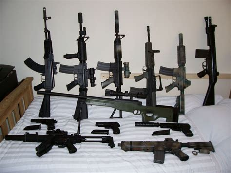 A Collection of RIFs - Airsoft mechanic & sales