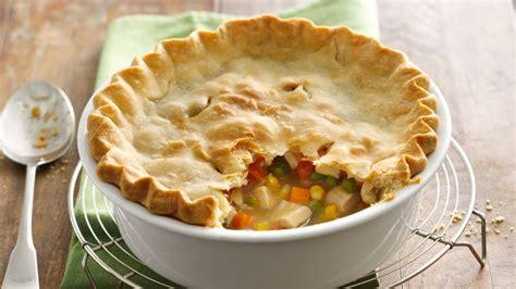 chicken pot pie recipe easy chicken pot pie recipe from pillsbury