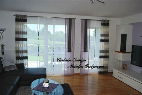 lila schiebevorhang fuers wohnzimmer mit grauen