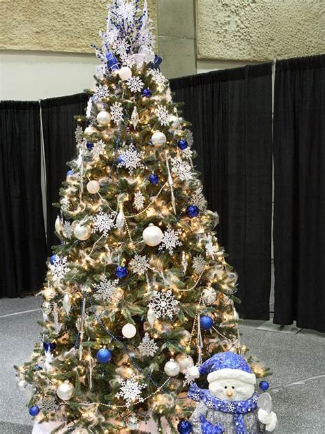 25 Beautiful Christmas Tree Decorating Ideas. Christmas Lights And Extension Cords. Christmas Light Storage Ideas. Country Christmas Gift Ideas. German Christmas Decorations Facts. Christmas Decorations On Tumblr. Christmas Decorations Animated Gif. Christmas Tree Decorations List. Redneck Christmas Party Decorations