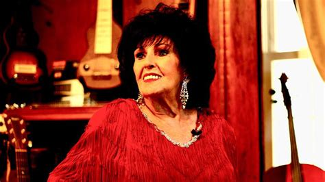 Wanda Jackson Makes A Mean Bologna Sandwich