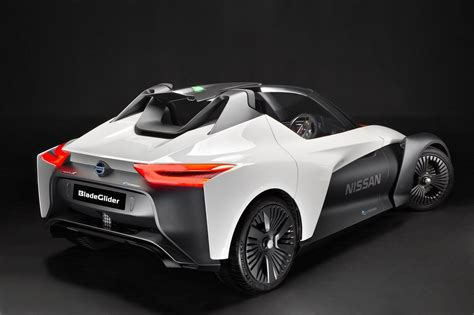 Nissan Bladeglider Electric Concept Showcased At The 2018